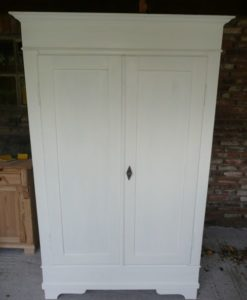 2 deurs linnenkast uitneembaar-1
